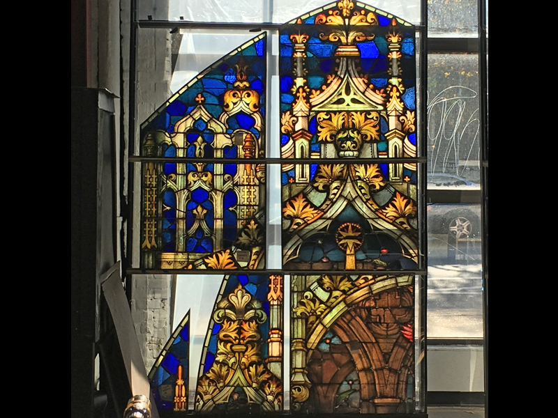 Stained Glass by Beyer Studio for Christendom College Christ the King Chapelh